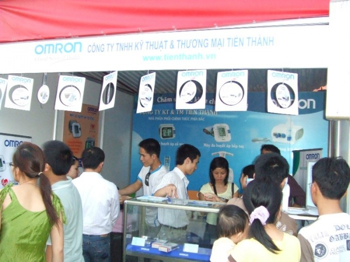 OMRON và nhà phân phối Tiến Thành tham gia Lễ Hội Hoa Anh Đào tổ chức tại Hà nội từ ngày 10 tới 12-4-2009 3