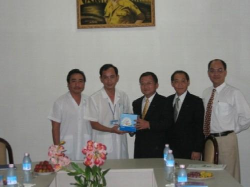 Omron trao tặng nhiệt kế điện tử cho bệnh viện Nhi đồng 1, Tp. HCM 1