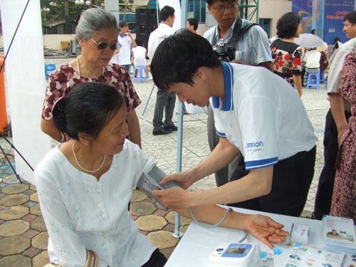 Chương trình nhân ngày Phòng chống tăng huyết áp thế giới 3