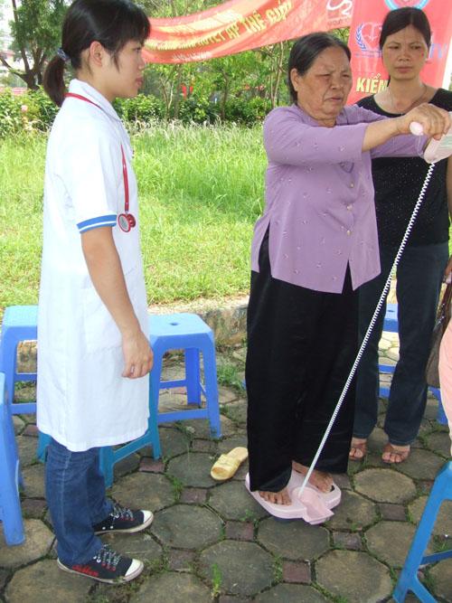 Chương trình nhân ngày Phòng chống tăng huyết áp thế giới 4
