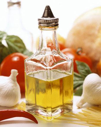 Cách chữa bệnh viêm mũi bằng rượu tỏi, nước muối
