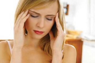 Hiện tượng đau đầu, choáng ngất ở phụ nữ do huyết áp thấp