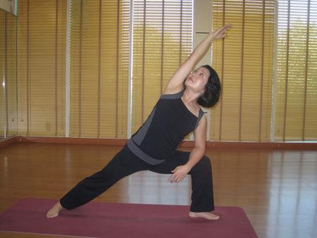 Giảm cân hiệu quả với Hot Yoga  1