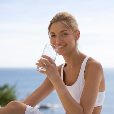Để giảm cân, phải uống thật nhiều nước 1