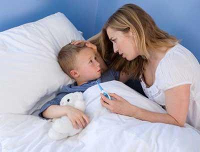 Trẻ mắc dễ mắc bệnh hô hấp khi thời tiết nắng mưa thất thường