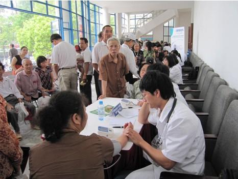 Chương trình nhân ngày Phòng chống tăng huyết áp thế giới 17-5-2011 4