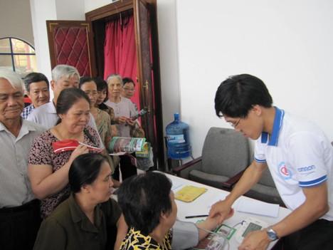 Chương trình nhân ngày Phòng chống tăng huyết áp thế giới 17-5-2011 5