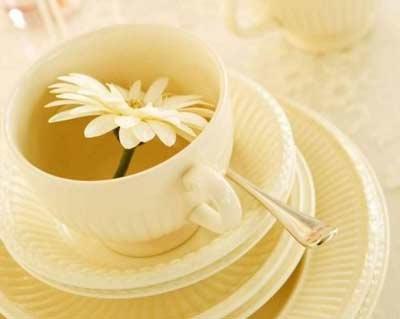 Giảm huyết áp với trà và mát-xa