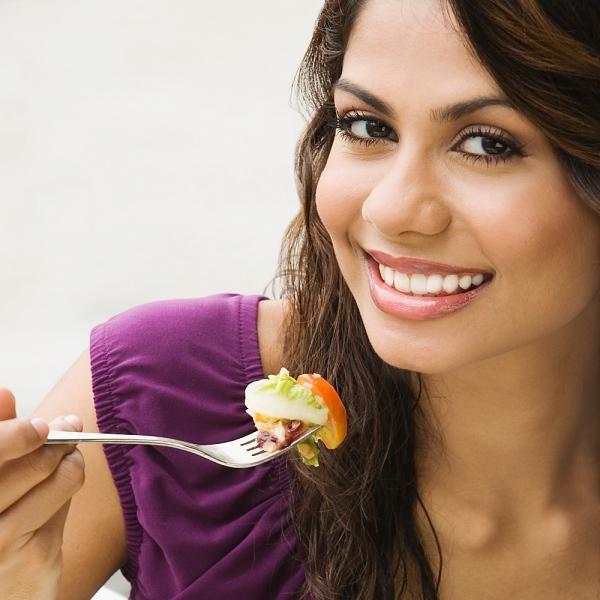 Nhai kỹ thức ăn giúp giảm cân 1
