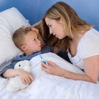 Nhiều trẻ mắc bệnh đường hô hấp khi thời tiết thay đổi