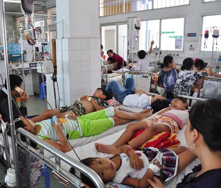 Thử nghiệm văcxin sốt xuất huyết trên người