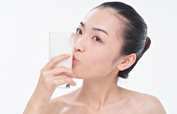 Uống nhiều sữa giúp giảm bệnh tim 1