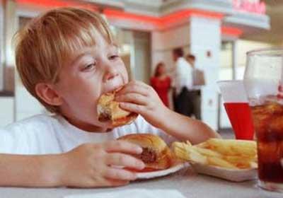 Béo phì và chứng tăng cholesterol ở trẻ