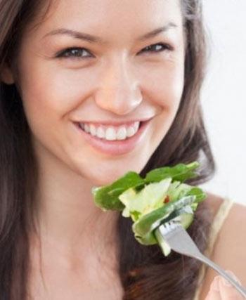 Giảm nguy cơ đột quỵ ở phụ nữ với hoa quả và rau xanh 1