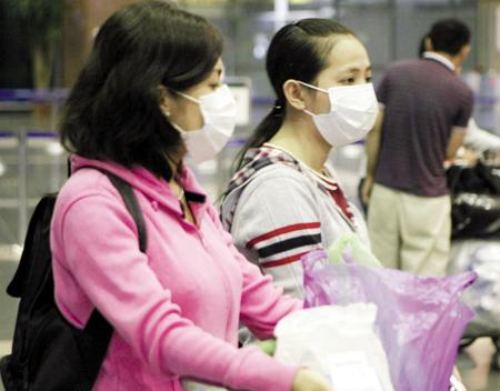 Hạn chế tiếp xúc nơi đông người phòng ngừa dịch cúm mới