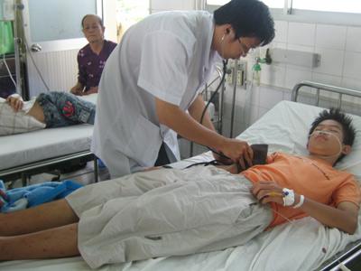 Phân biệt và cách sử lý 2 chứng sốt virus và sốt xuất huyết