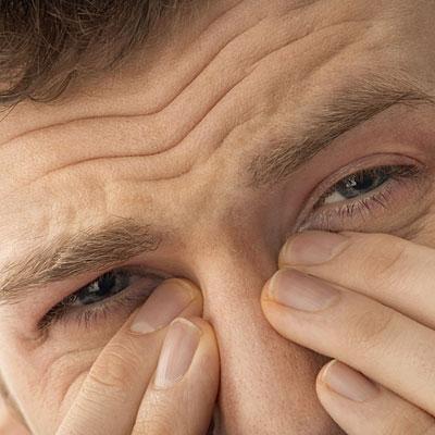Bệnh viêm xoang mũi một bên có nên phẫu thuật không?