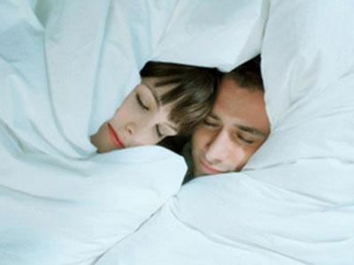 Yêu 2 lần/ tuần tăng khả năng miễn dịch với bệnh cúm