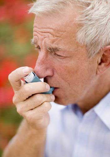 Dấu hiệu nhận biết bệnh hen ở người cao tuổi