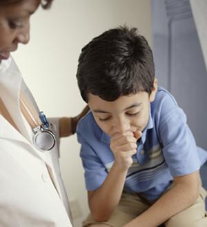 Trẻ bị viêm mũi họng có nên dùng kháng sinh không?