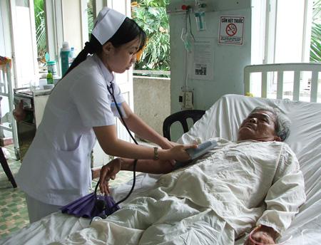 Tỷ lệ cao huyết áp tăng nhanh ở người Việt 1
