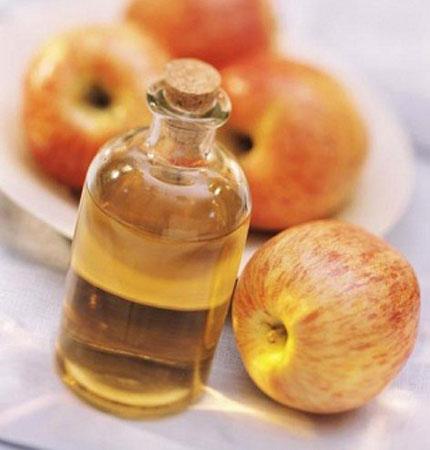 Súc miệng bằng dấm táo 1