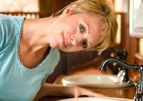 Người bệnh viêm xoang nên rửa mũi hàng ngày 2