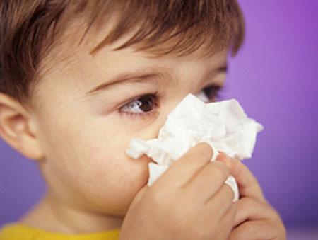 Trẻ nhỏ dễ bị viêm mũi khi thời tiết thay đổi 1