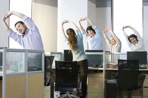 Thư giãn đốt sống cổ cho dân văn phòng