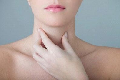Các nguyên nhân khiến bạn bị đau họng? 1