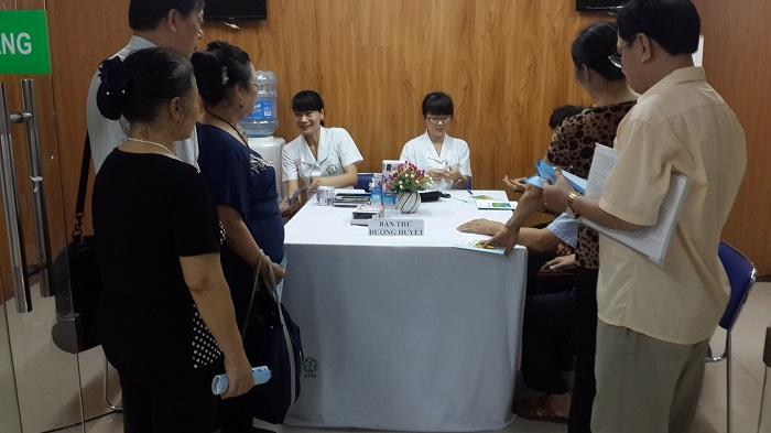 Chương trình đo huyết áp, đường huyết miễn phí hưởng ứng ngày TIM MẠCH THẾ GIỚI 29/9/2015 3