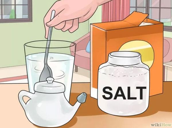 Rửa mũi bằng nước muối 1