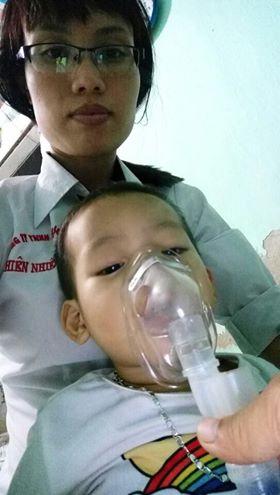 Trải nghiệm của khách hàng khi sử dụng máy xông mũi họng Omron NE-C801 1