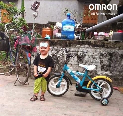Bài viết chia sẻ của mẹ Tuyet Hoang khi sử dụng nhiệt kế điện tử Omron MC-246 1