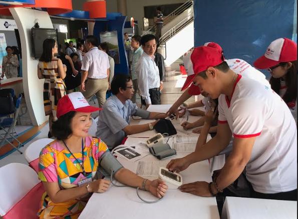 Cùng Omron chung tay kiểm soát tăng huyết áp trong cộng đồng 3